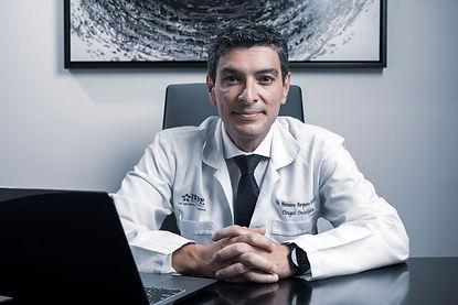 Dr.-Hermann-Barquero-Melchor_Grupo-Oncol