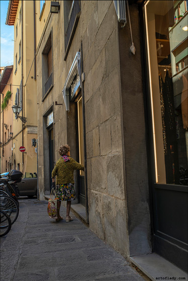 a photographer in Florence, Tuscany, Italy