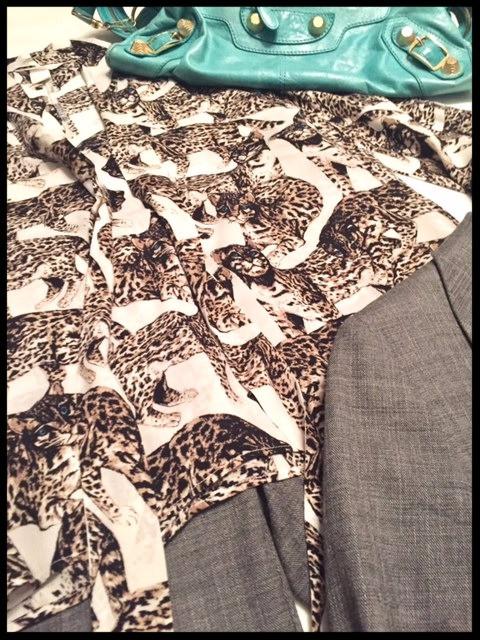 """Styling """"tiger"""" motif @work"""