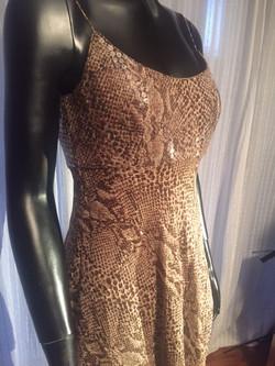 18b. Dress