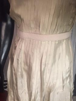 10b. Dress