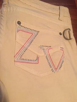 25b. Jeans