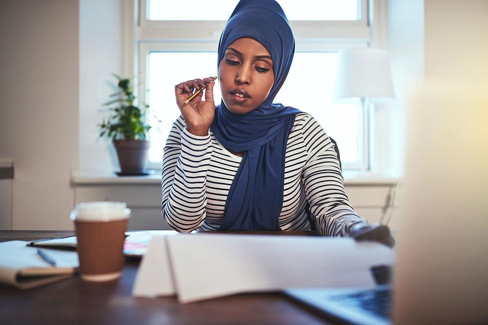 Web-Res_Muslim-Woman_Studying.jpg