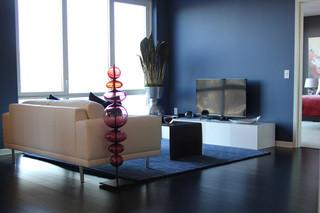 bright-living-room-weehawken-apartm