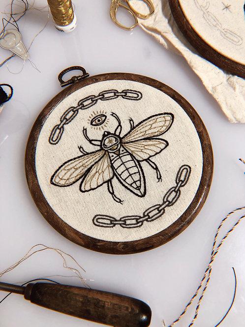 ✶ Embroidery Frame Bug ✶