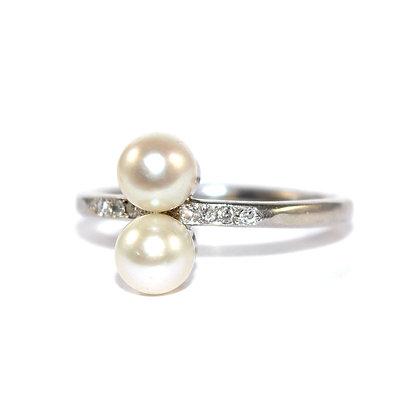 Art Deco Pearl Toi et Moi Ring