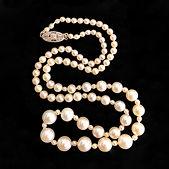 Grad-small-large-Pearls-Dia-Clasp-c.1920