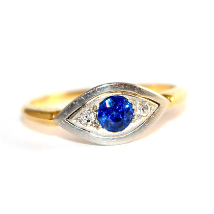 Edwardian Sapphire & Diamond 'Eye' Design Ring c.1915