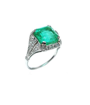 Art Deco Colombian Emerald Ring