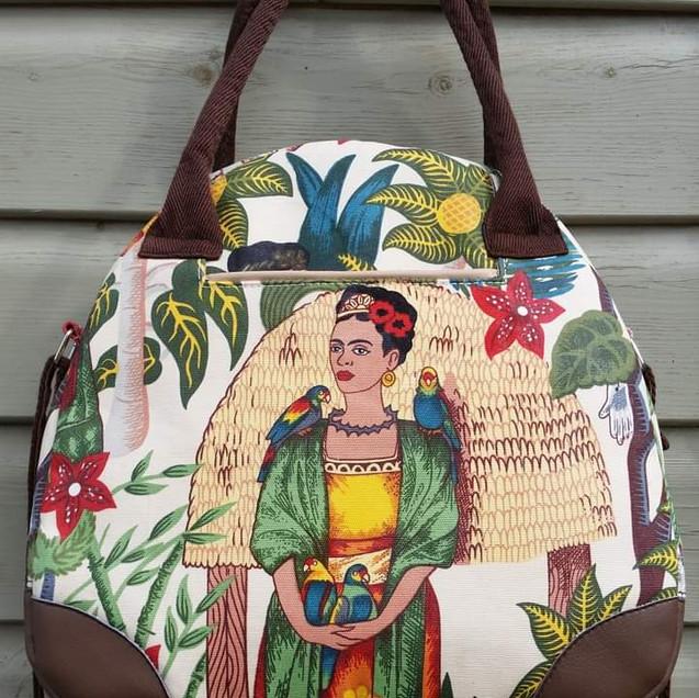 Frida@s Garden Hand bag crossbody bag.jp
