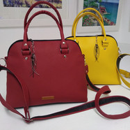 Lania, Red and Yellow