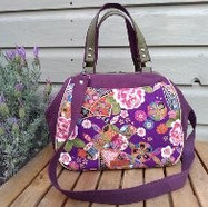Purple wired handbagg, shoulder bag, cro
