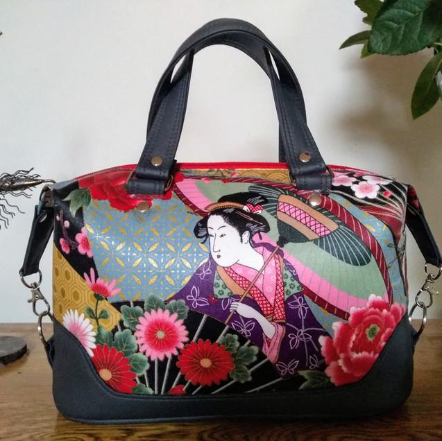 Handbag Geisha Red dark grey