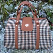 Doctor bag,brown, wool