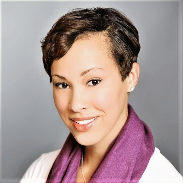 African American woman smiling wearing white shirts and purple scarf. She is a marriage therapist katy, tx and a marriage counselor katy, tx. She also provides marriage counseling and couples therapy katy, tx 77494.