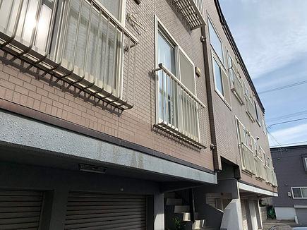 近藤アパート東側タイル取換え変色_R.JPG