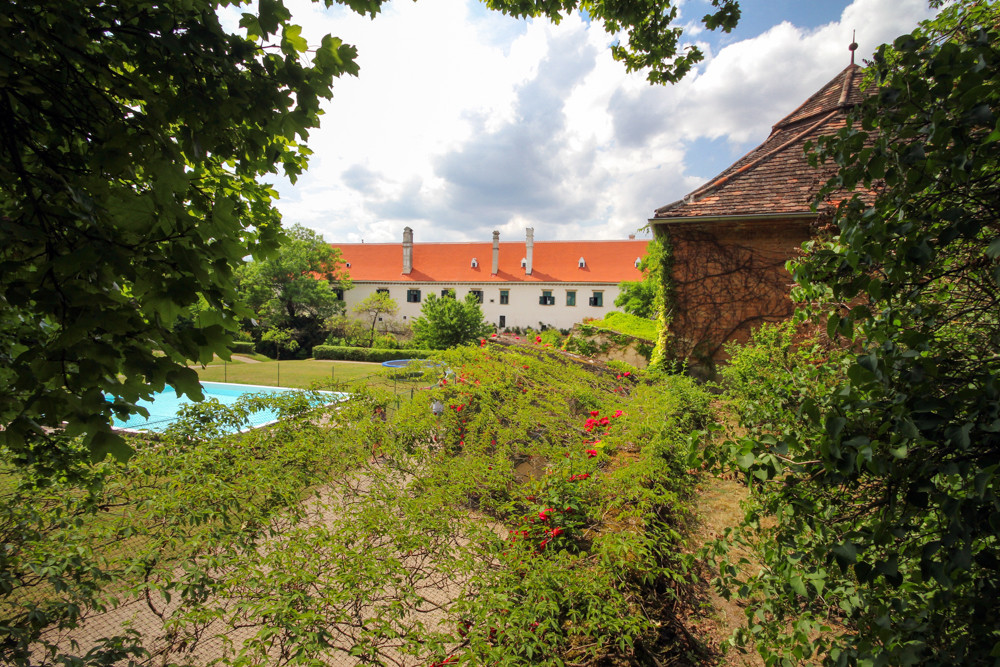 SchlossGuntersdorf_Garten_©_Joseph_Gaste