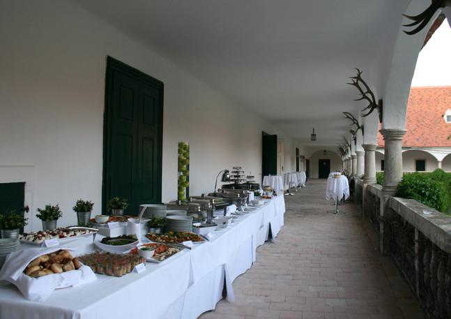 SchlossGuntersdorf_Buffet.jpg
