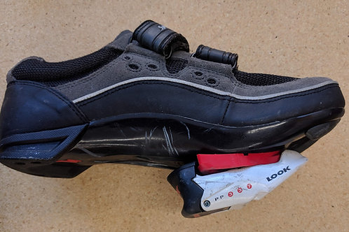 Specialized Women's Bike shoes with pedals