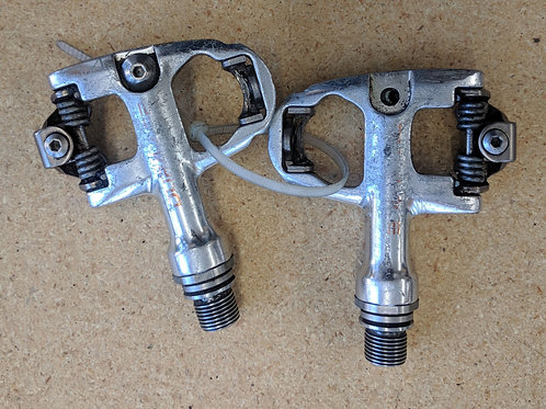 Dura Ace clipless pedals