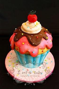Bolo Esculpido Cupcake
