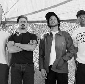 """Rage Against The Machine: sobre músicas novas, """"pergunte quando estivermos nós 04 em entrevista"""""""
