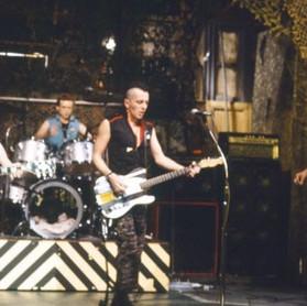 Saturday Night Live: apresentações lendárias de bandas no programa de TV - The Clash