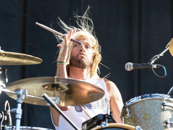 """Taylor Hawkins: """"fui completamente explodido em pedaços quando escutei Foo Fighters pela 1ª vez"""""""