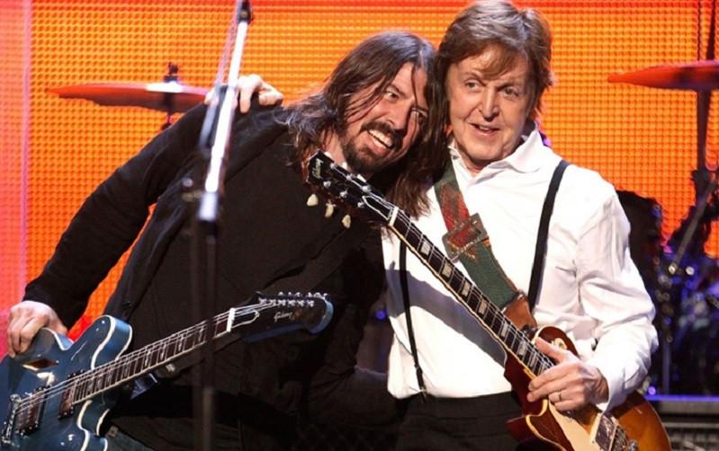 Beatles, Foo Fighters, Nirvana
