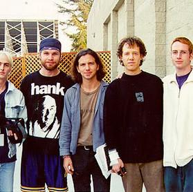 """Pearl Jam: """"éramos péssimos comunicadores na época do álbum 'No Code'"""""""