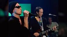 """The Doors: """"foi ótimo tocar junto com Scott Weiland cantando"""""""