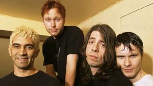 """Foo Fighters: """"se não tivéssemos feito aquela turnê numa van em 1995, não teríamos sobrevivido"""""""