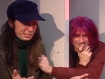 """Dave Grohl: """"Kurt Cobain foi o maior compositor de nossa geração"""""""