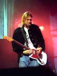 Kurt Cobain: guitarra customizada Fender Jag-Stang relançada no mercado