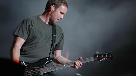 """Pearl Jam: baixista fala sobre a música lado-b, """"Olympic Platinum"""""""
