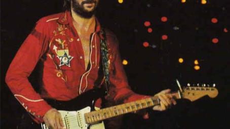 Eric Clapton: quando distribuiu guitarras Fender Stratocaster para ícones do instrumento