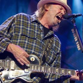 Neil Young: confirmado novo álbum com a banda Crazy Horse