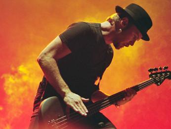 """Jeff Ament: """"a minha função mudou ao longo da carreira do Pearl Jam"""""""