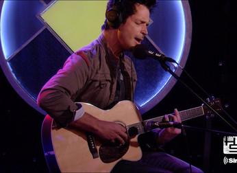 """Howard Stern: """"Chris Cornell era um cara muito humilde"""""""
