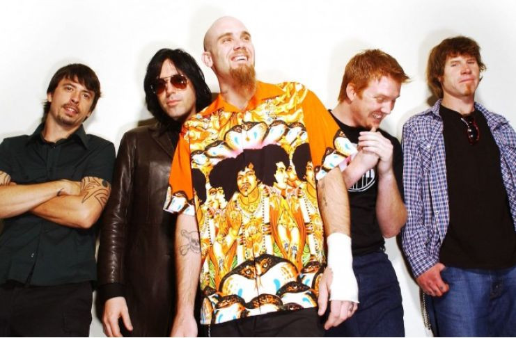 Queens of The Stone Age, Foo Fighters