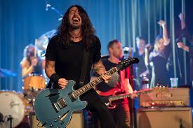 Foo Fighters: revista Kerrang relata como foi a apresentação no The Roxy, Los Angeles