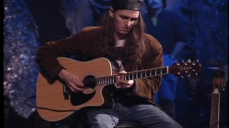"""Acústico da MTV: """"eu não queria ter feito aquela apresentação"""", diz o guitarrista do Pearl Jam"""