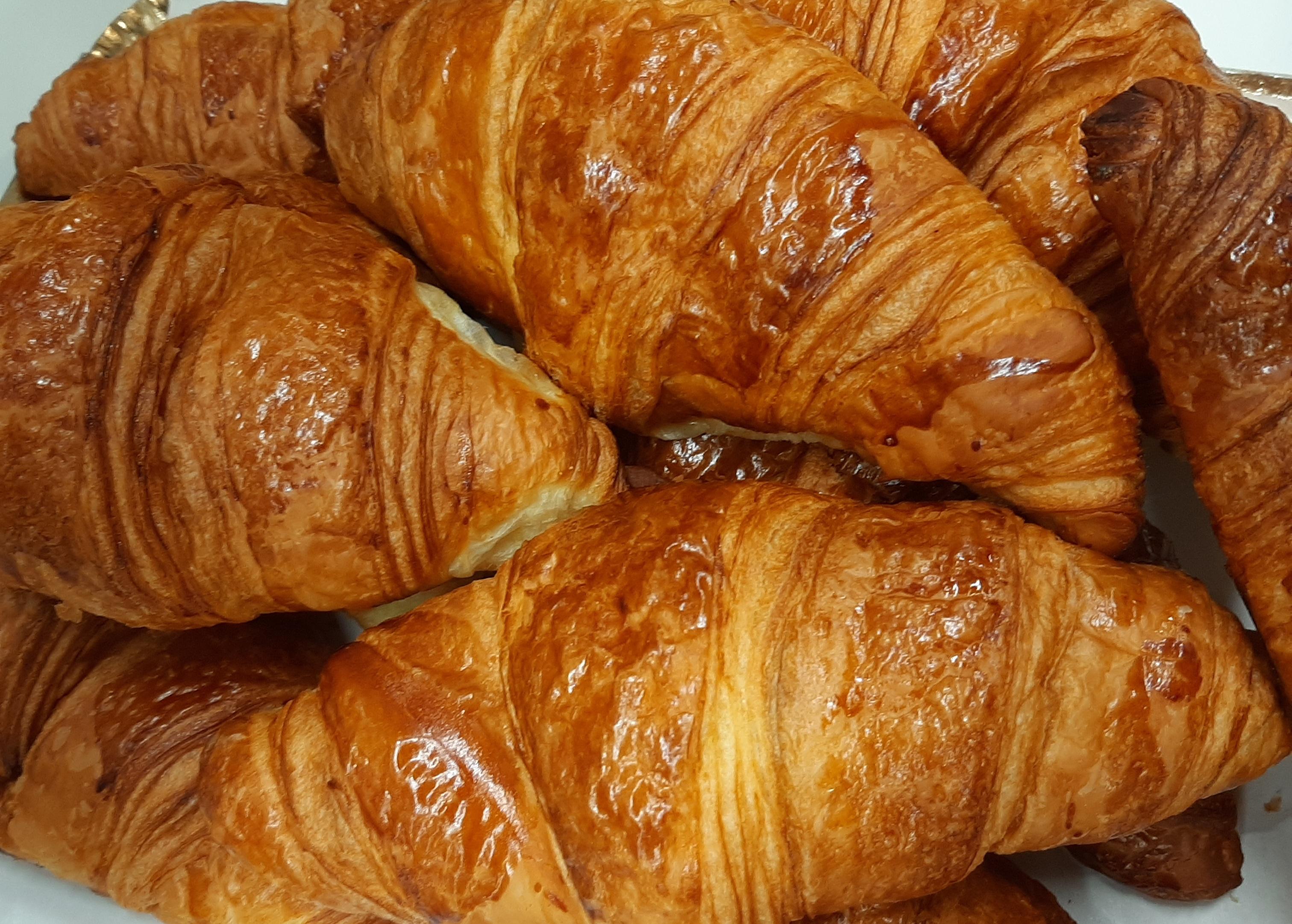 Croissants Au Beurre de Poitou | CM Châtillon