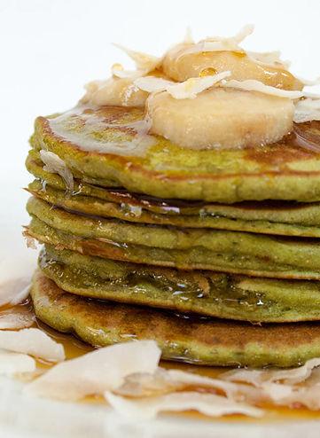 matcha-banana-pancakes-close-up-vertical