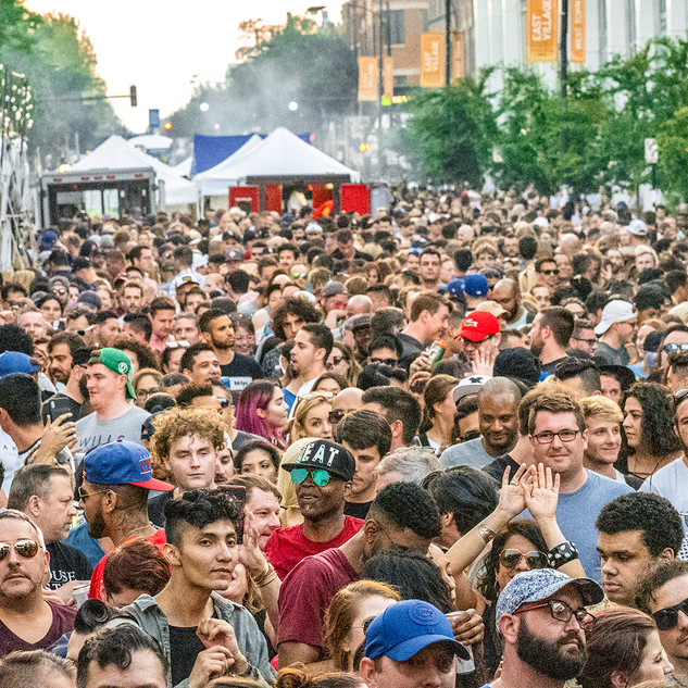 Crowd from DJ Stage LoRes.jpg