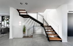 מדרגות ברזל פלטות מקבילות
