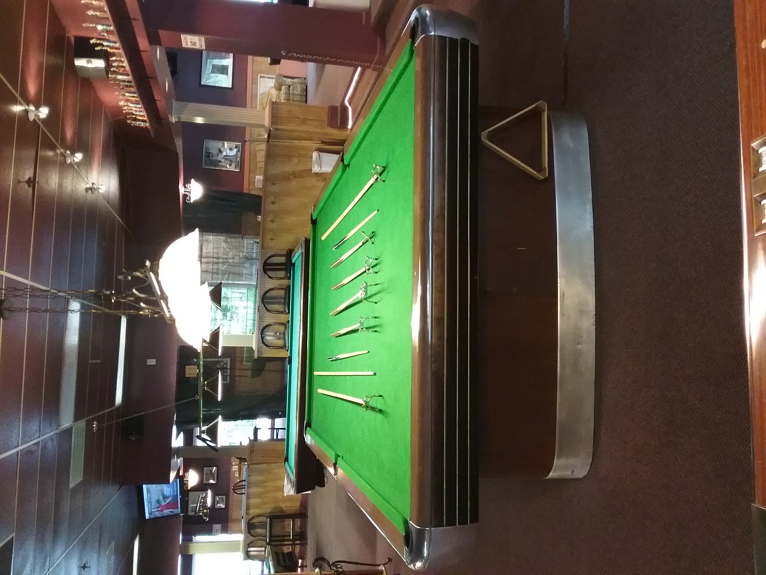 Snooker bridges and cue's