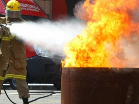Notícia do STF sobre taxa de incêndio pegou fogo na internet e no CBMERJ