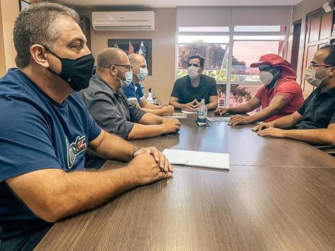 Prefeito de Itaboraí tem encontro em Maricá após decretar estado de calamidade administrativa