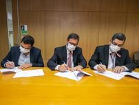 AgeRio e Jucerja assinam convênio para acelerar a concessão de crédito para empreendedores do Estado